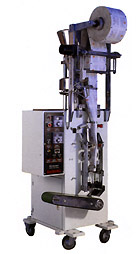 аппарат HP-100G для фасовки и упаковки жидких и пастообразных продуктов в пакетики саше (sachet - формируемые трехшовные пакеты). Нажмите для просмотра.
