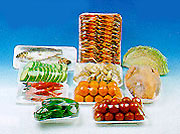Упакованные в стретч пленку продукты