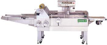 Автомат упаковки продуктов на лотках в стретч-плёнку STC-V